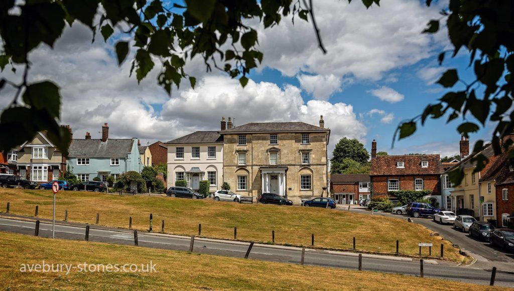 Houses in Marlborough